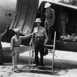 Jonathan Wainwright, Hero of Corregidor, Rescued By OSS August 1945